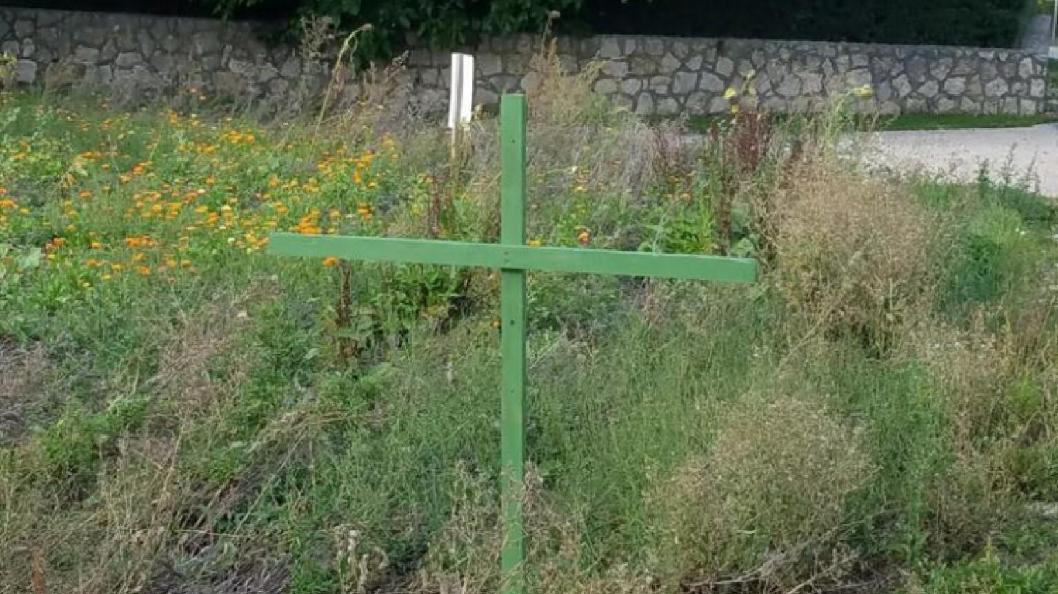 Grüne Kreuze Felder